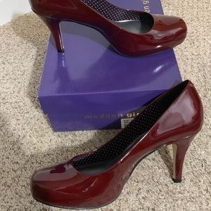 MADDEN GIRL BURGUNDY PATENT LEATHER HEELS